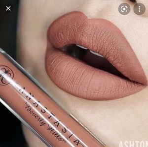 Ashton - ABH Liquid Lipstick